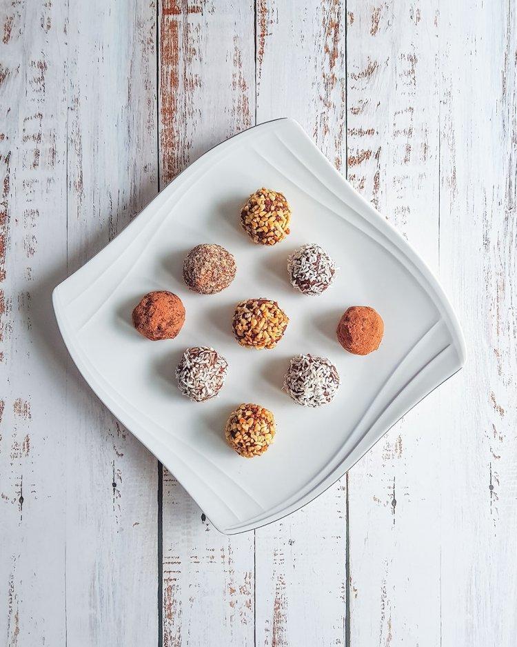appelsiini-suklaa proteiinipallot