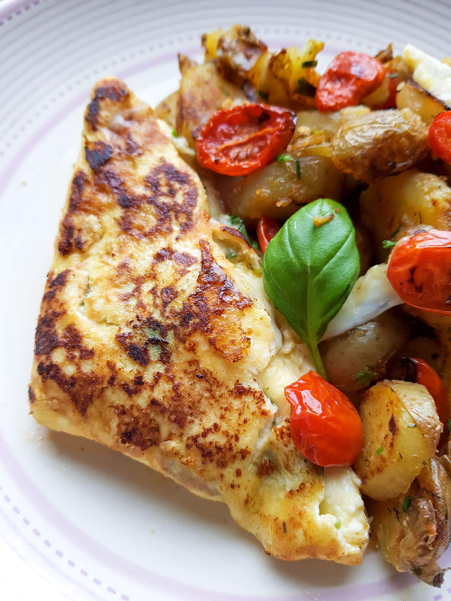 Mozzarella-tomaatti munakas