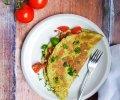 avokadomunakas-tomaattisalsalla