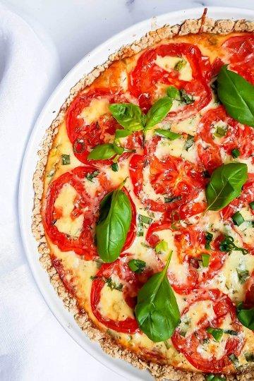 Kevyempi tomaattipiirakka