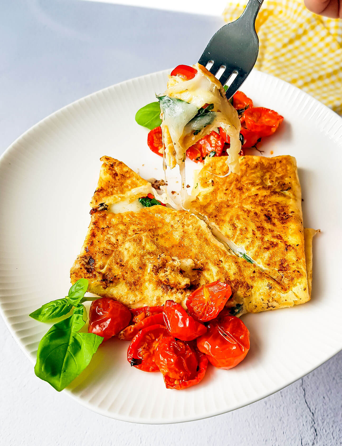 mozzarella tomaatti munakas