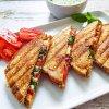 Grillatut kreikkalaiset leivät